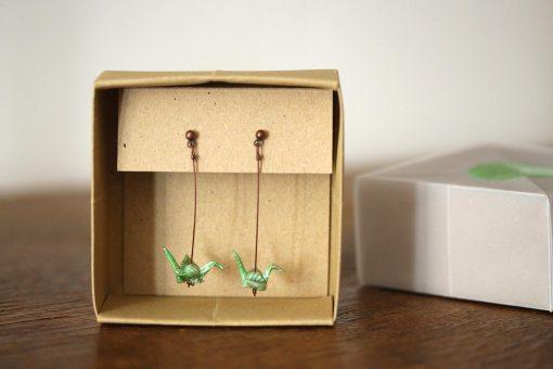 boucles d'oreilles origami vertes rayées blanc et or
