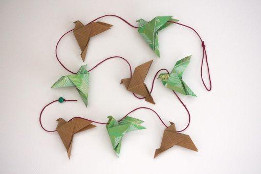 guirlande à suspendre d'oiseaux en origami