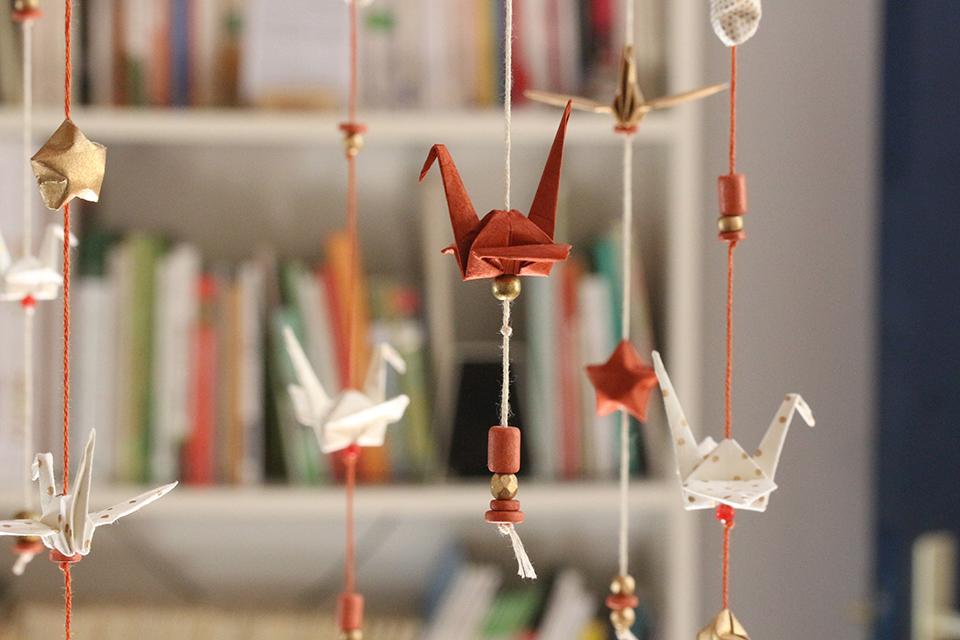 Mobile origami Jade