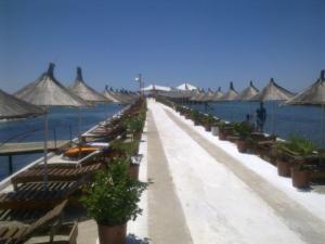 Pláž v Durres lacne dovolenky