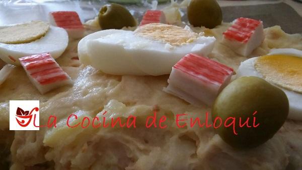 06.06.16 Ensaladilla de patatas con frutos de mar (5)