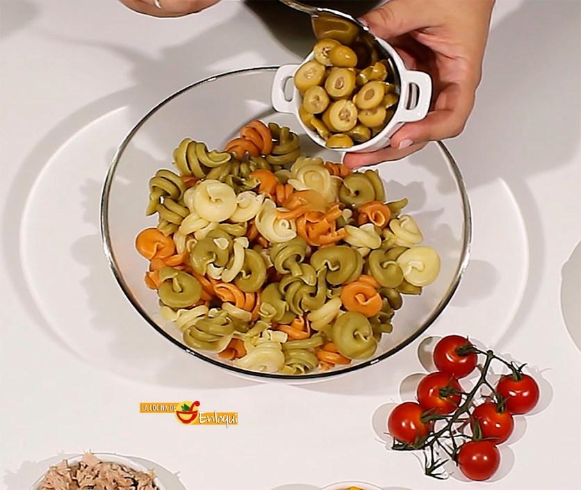 27.08.17 Ensalada de pasta con frutos de mar (pap2)