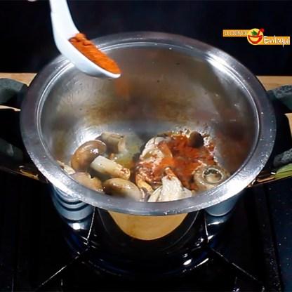 05.03.17 Sopa castellana con setas (pap4)