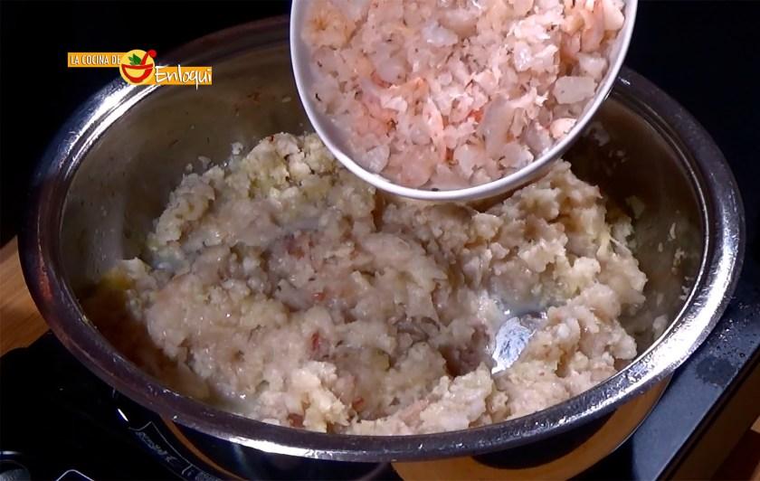 27-11-16-pastel-de-merluza-gambas-y-salsa-rosa-pap1