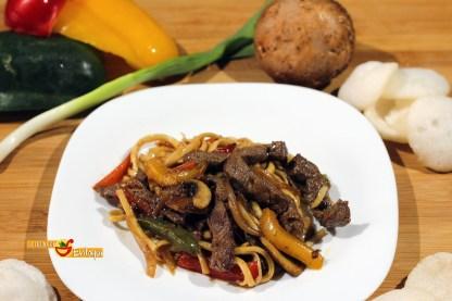 19.02.17 chow mein con ternera (5)