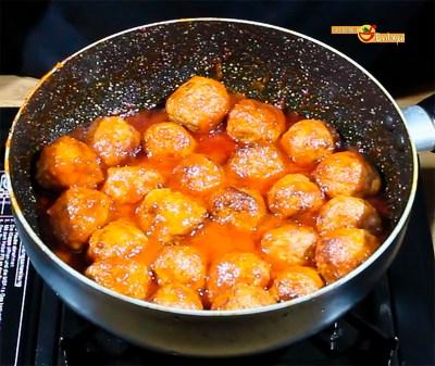 26.02.17 Albóndigas con tomate (pap1)