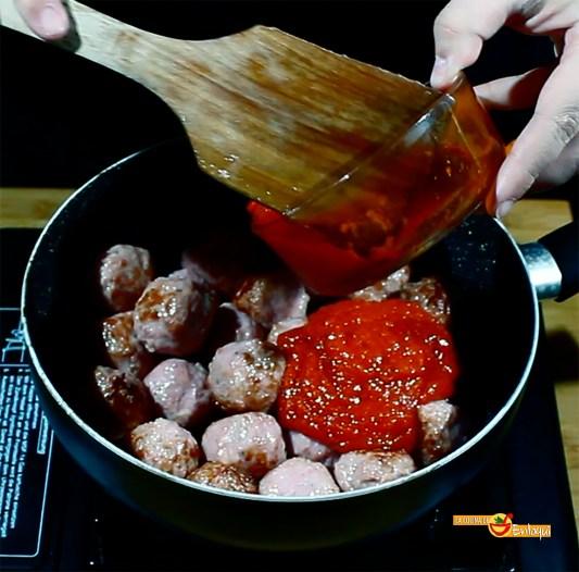 26.02.17 Albóndigas con tomate (pap5)