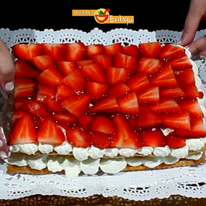 02.04.17 tarta de fresas con nata (pap12)