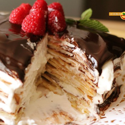 19.04.17 Tarta de crepes con nata y chocolate (25)