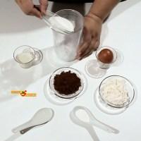 Mug cake de cacao o bizcocho de cacao en taza