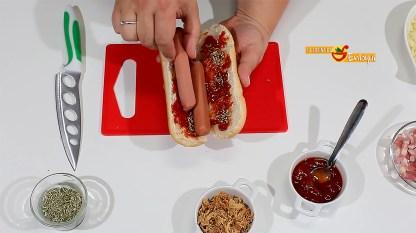 Hot dogs con sabor a pizza