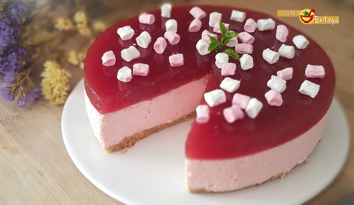 Tarta de mascarpone y fresa sin horno