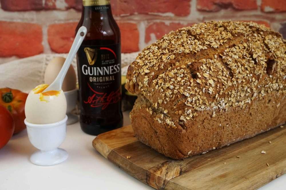 pan de soda y cerveza negra sin levadura