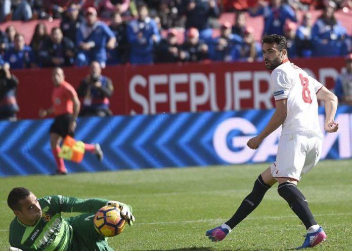 Iborra cumple cien partidos en Primera con el Sevilla FC