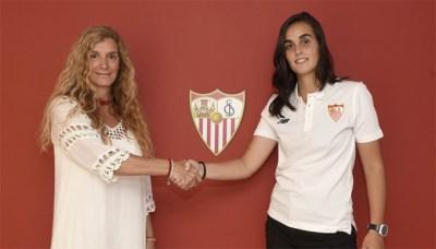 "Itziar Martínez: ""Es un orgullo poder defender este escudo"""