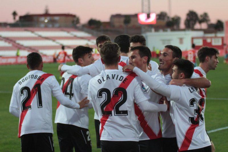Bernardo cumple la ley del 'ex' en el empate del Sevilla Atlético