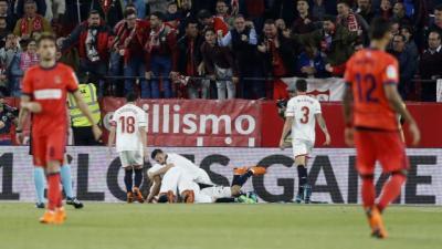 El Sevilla salva su primer 'Match Ball'