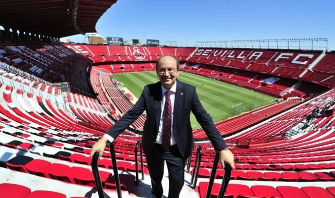 Castro confirmó que el club estudia la construcción de un tercer anillo para el Sánchez-Pizjuán