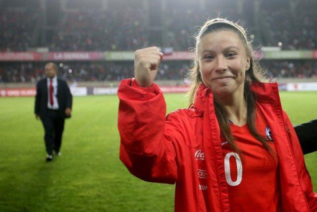 Yanara Aedo, con su selección de Chile | Imagen: Agencias