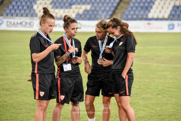 Tercer puesto del Sevilla Femenino en la I Copa Colombina