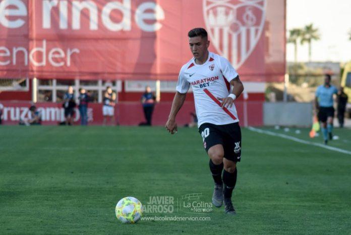 Pau Miguélez, durante el choque entre el Sevilla Atlético y Córdoba CF | Imagen: La Colina de Nervión - Javi Barroso