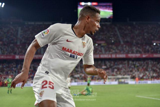 Fernando, durante el partido entre el Sevilla y la Real Sociedad | Imagen: La Colina de Nervión - Javi Barroso