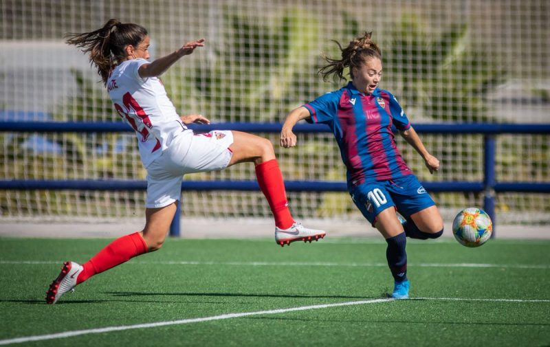 Maite Albarrán, en un lance del partido ante el Levante | Imagen: Sevilla FC