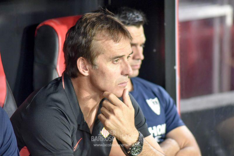 Julen Lopetegui en el encuentro del Sevilla FC ante la Real Sociedad | Imagen: Javier Barroso