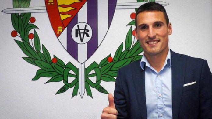 Fede San Emeterio, durante su presentación con el Real Valladolid  Imagen: Real Valladolid