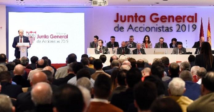 El BOE ya recoge el decreto que impedirá a los accionistas del Sevilla FC cobrar dividendos