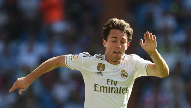 Álvaro Odriozola durante un partido con el Real Madrid. | Fuente: Getty Images