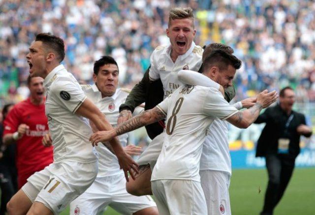 Suso, celebrando junto a Ocampos y otros compañeros del Milan, un gol ante el Inter | Imagen: Emilio Andreoli - Getty Images