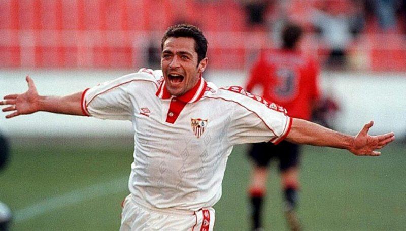 Gabriel Moya, durante un partido con el Sevilla FC   Imagen: Sevilla FC