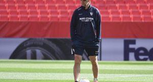 Lopetegui, durante el último entrenamiento antes del enfrentamiento con la Roma | Imagen: Sevilla FC