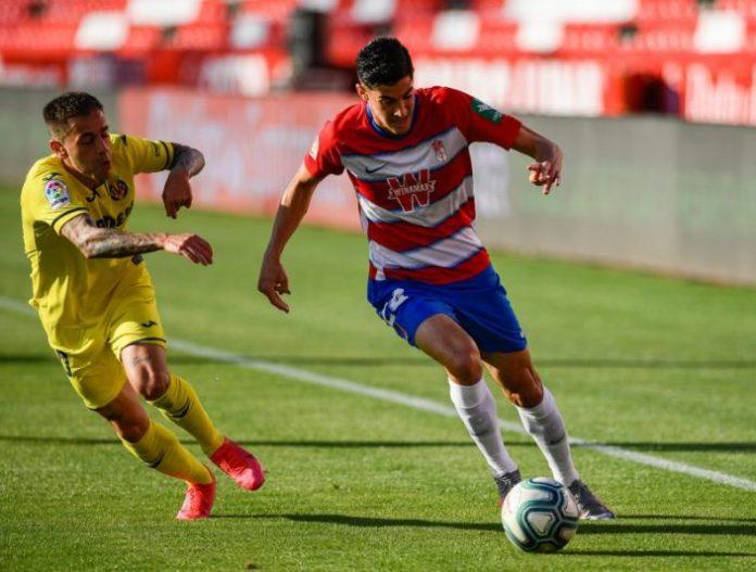Diego Martínez quiere seguir contando con Carlos Fernández en el Granada CF