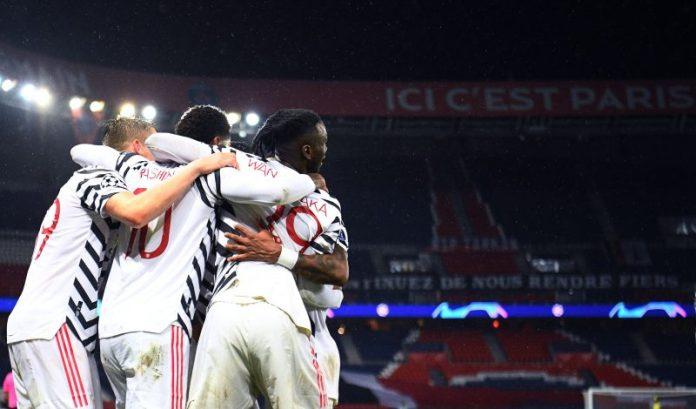Jugadores del Manchester United celebrando un gol en París. Noticias Sevilla fc.