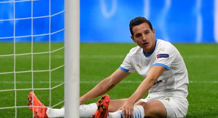 Florian Thauvin, uno de los posibles fichajes del Sevilla FC, en un encuentro con el OM