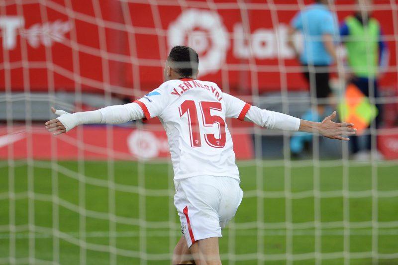 En-Nesyri celebrando uno de los goles del Sevilla FC en el partido contra el Cádiz