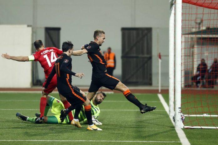 El olfato de Luuk De Jong protagoniza el parón de selecciones