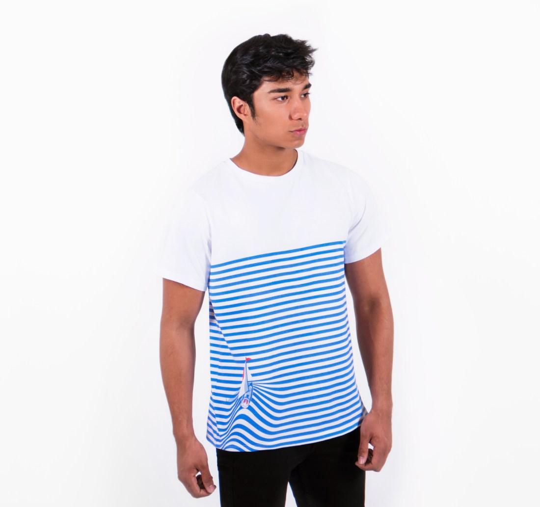 Sail Away T-shirt by La Come Di