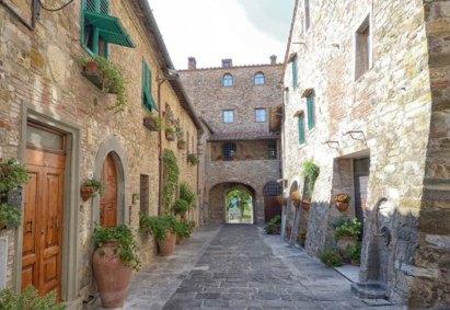 San-Donato-in-Poggio-Medieval-Gate