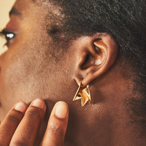 Fracture gold creole earrings