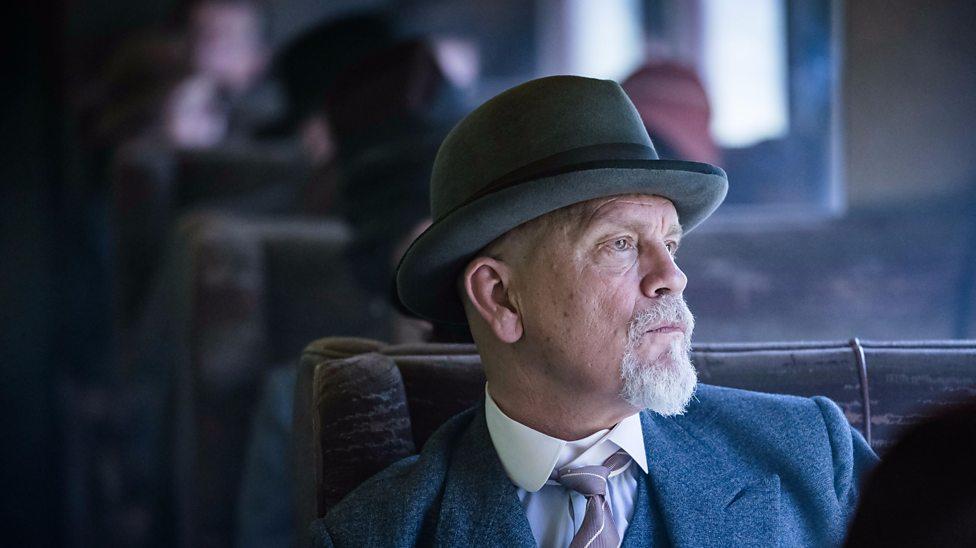 John Malkovich es Hércules Poirot en el trailer de The A. B. C. Murders