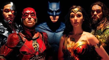 Zack Snyder revela el primer vistazo de Superman con su traje negro en Liga de la Justicia