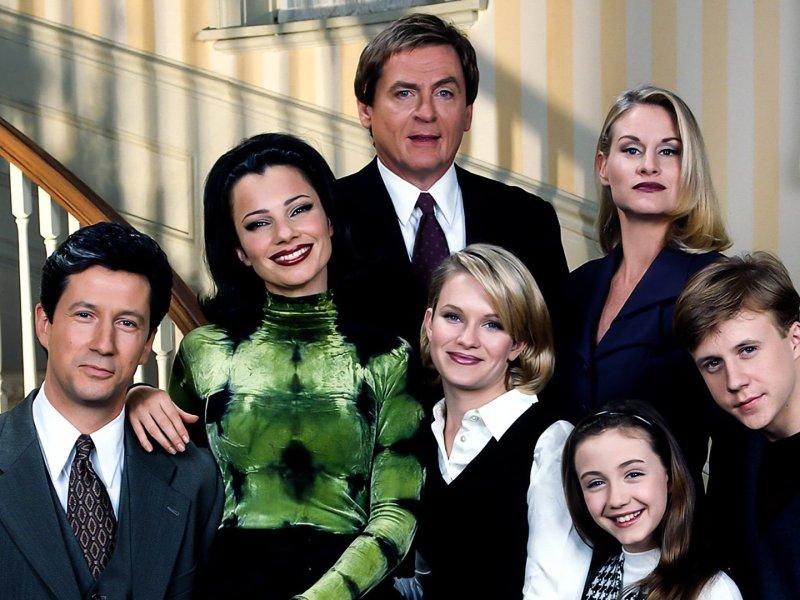 El elenco de La Niñera se reúne para leer el primer episodio