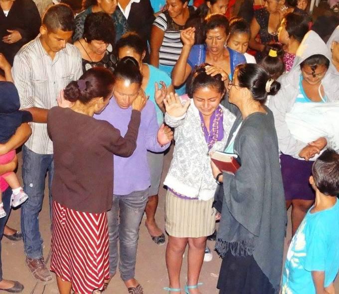 Hermanos de La Cosecha haciendo Misiones en Nicaragua. Esto fué en abril del 2015.