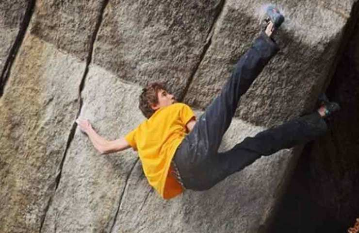 Giuliano Cameroni manages a hard first ascent in Cresciano