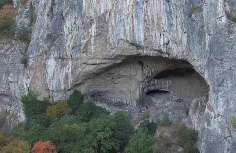 Video: Riesenhöhle in Serbien mit Kletterrouten erschlossen