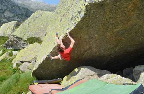 8c boulderer Giuliano Cameroni in an interview