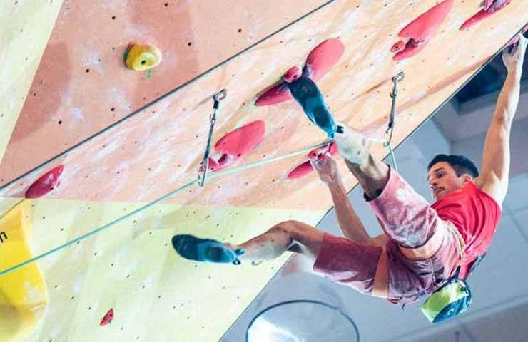 Frederike Fell y David Firnenburg ganan el campeonato alemán en escalada de plomo